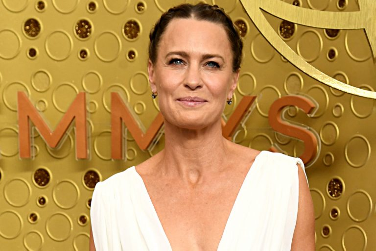 How Robin Wright is passing the time during the pandemic