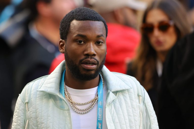Meek Mill apologizes to Vanessa Bryant for controversial Kobe Bryant lyric