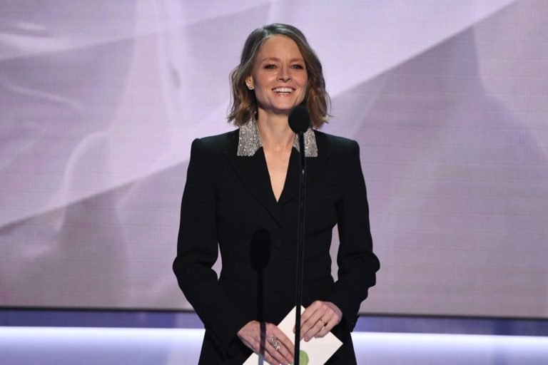 Jodie Foster has no idea why Aaron Rodgers thanked her in MVP speech