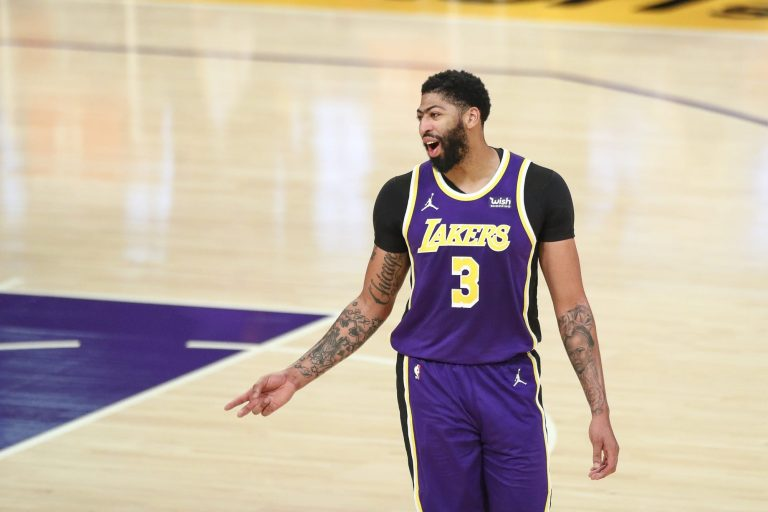 4 trades and signings to help the Lakers survive without Anthony Davis