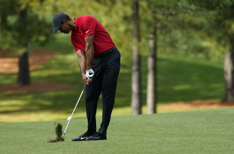 Sports world sends thoughts and prayers to Tiger Woods after car accident