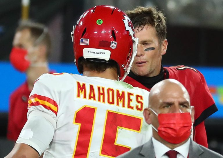Jerry Rice says whether he'd rather play with Tom Brady or Patrick Mahomes