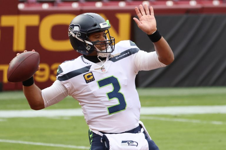 New Orleans mayor recruits Russell Wilson to Saints (Video)