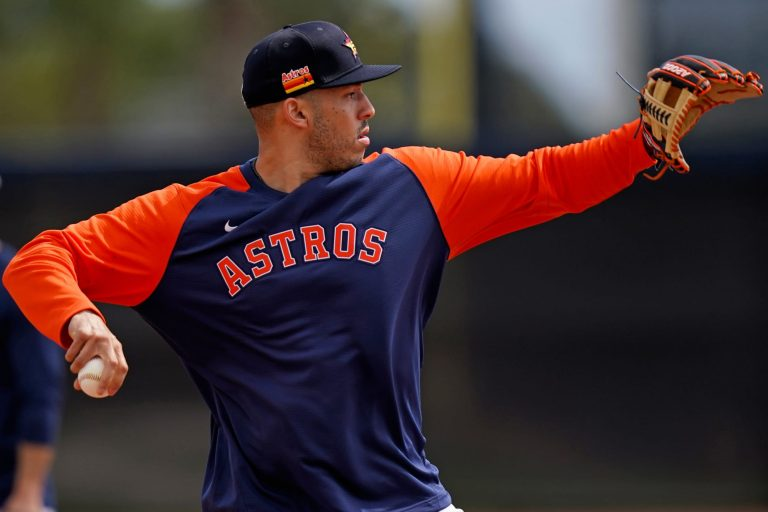 Carlos Correa sets deadline for extension talks