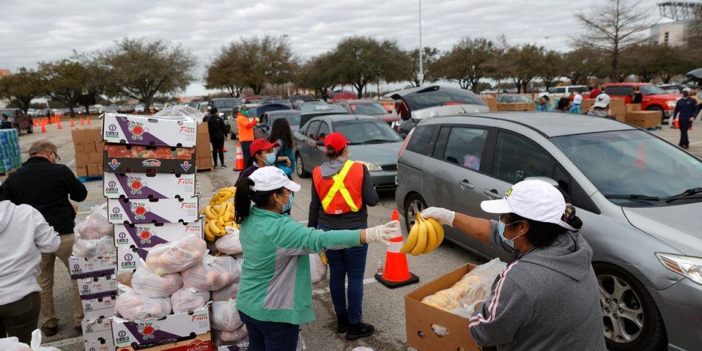With Power Restored, Texans Face Storm Aftermath