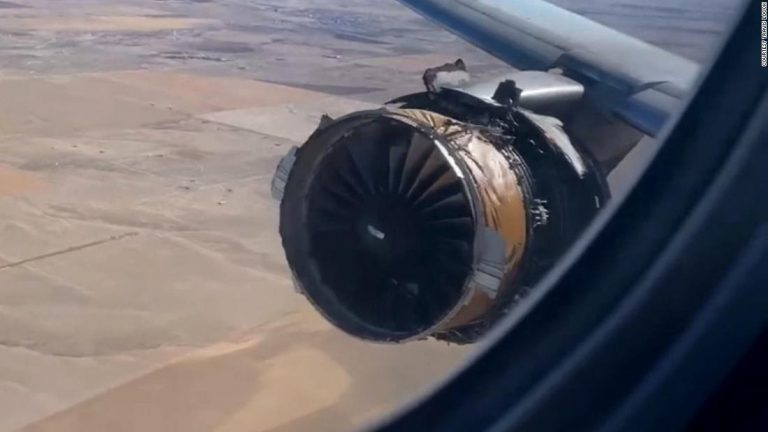 United Airlines passengers share reactions to midair engine explosion
