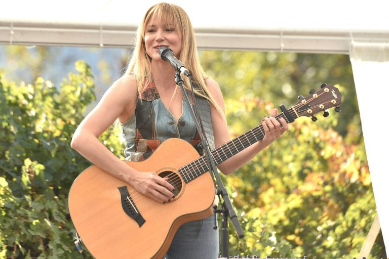 RUTHERFORD, CALIFORNIA - NOVEMBER 02: Jewel performs during 2019 Live in the Vineyard at Peju winery on November 02, 2019 in Napa, California. Photo: imageSPACE/MediaPunch /IPX