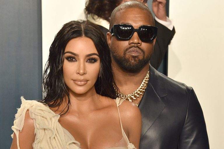 BEVERLY HILLS, CALIFORNIA - FEBRUARY 09: Kim Kardashian and Kanye West attend the 2020 Vanity Fair Oscar Party at Wallis Annenberg Center for the Performing Arts on February 09, 2020 in Beverly Hills, California. (Photo by David Crotty/Patrick McMullan via Getty Images)