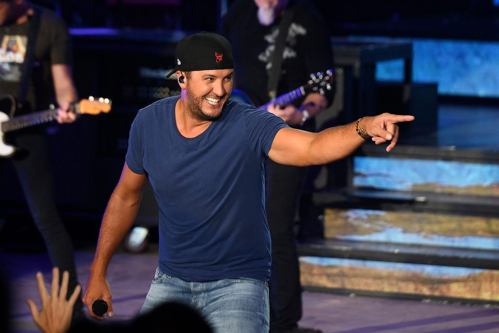 MOUNTAIN VIEW, CA - AUG 24: Luke Bryan performs during the Sunset Repeat Tour at the Shoreline Amphitheater on August 24, 2019 in Mountain View, California. Photo: imageSPACE/MediaPunch /IPX