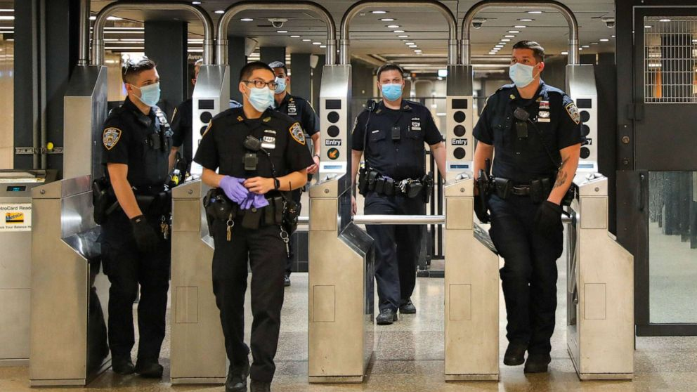 2 killed in 4 separate stabbing incidents on NYC subway line