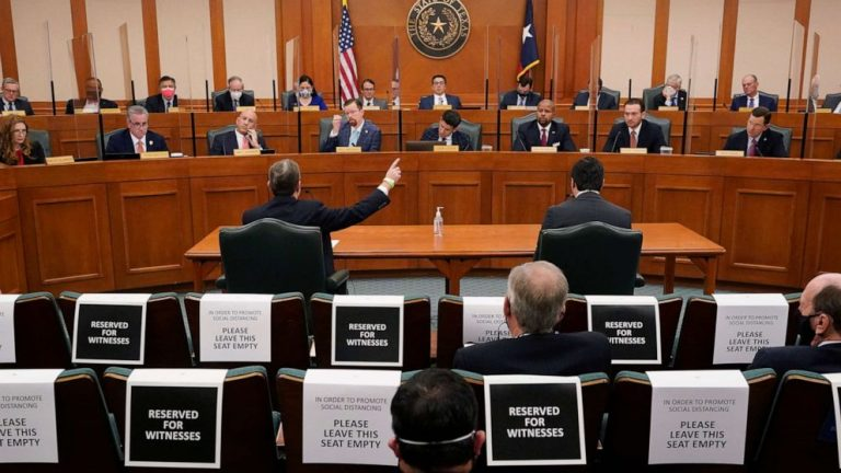 Texas energy executives face state lawmakers for catastrophic grid failure