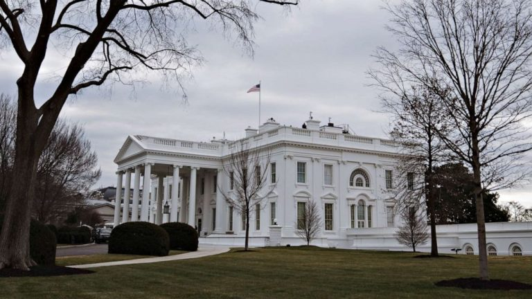 2 arrested on weapons charges near White House, authorities say
