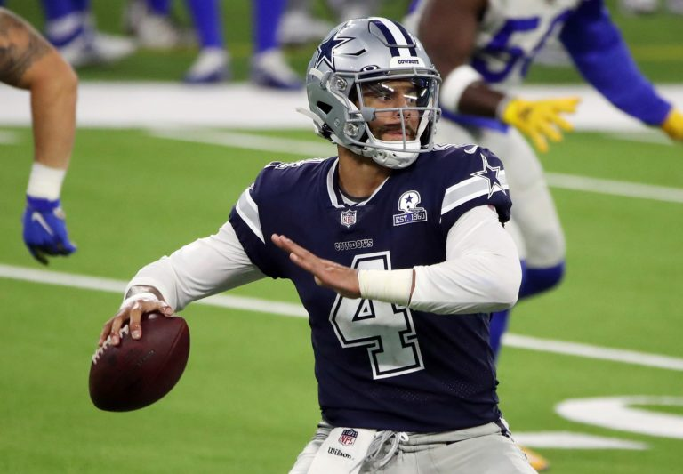 Cowboys, Dak Prescott agree to terms on massive four-year contract