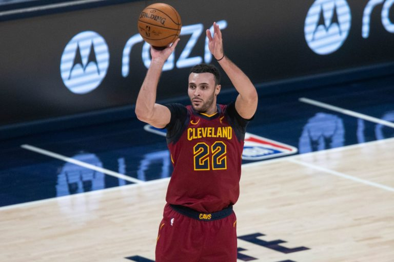 Cavaliers holding firm on Larry Nance Jr. trade offers