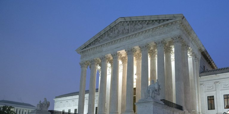 Amicus Briefs Inundate Supreme Court