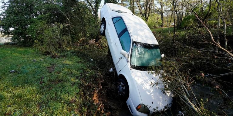Tennessee Floods Kill Four Amid Heavy Rain