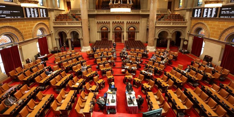 New York Lawmakers Weigh Raising Taxes as Budget Deadline Looms