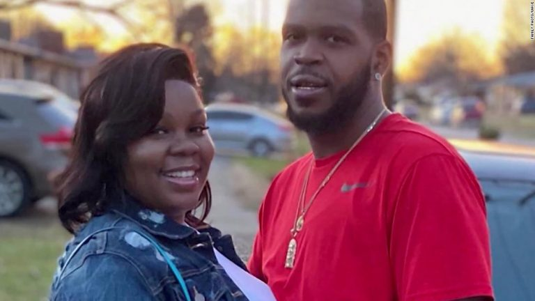 Breonna Taylor case: Kentucky judge dismisses charges against Taylor's boyfriend, Kenneth Walker III