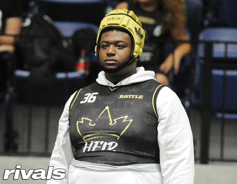 Schools standing out to four-star OL Malik Agbo