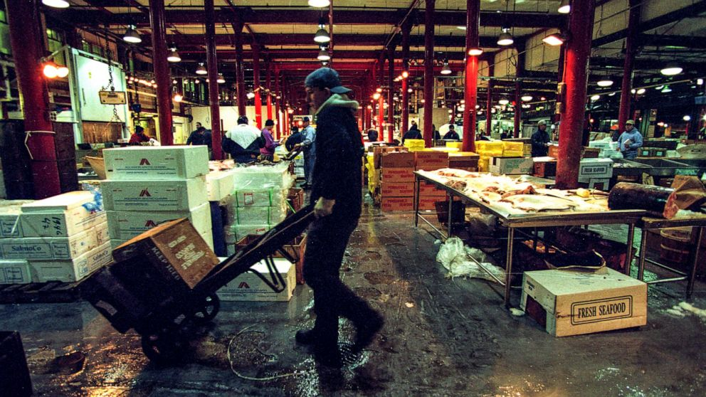 Teen's body found wrapped in plastic in NYC fish market warehouse