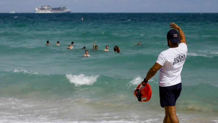 Miami Beach Issues Curfew To Curb Swelling Spring Break Crowds : Coronavirus Updates : NPR