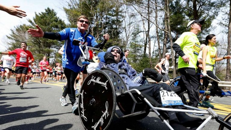 Inspirational Boston Marathon dad Dick Hoyt dies at 80 after 4 decades of races with his son