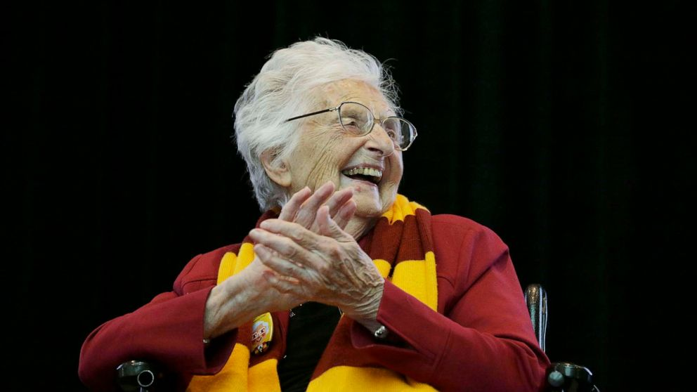 101-year-old Sister Jean vaccinated, cleared to attend Loyola's NCAA tournament game