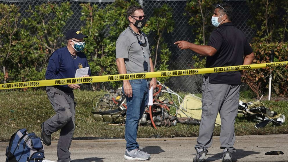 Child, 2 others dead after small plane crashes in Florida neighborhood
