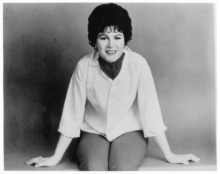 Patsy Cline's Final TV Appearance: Watch 'I Fall to Pieces'
