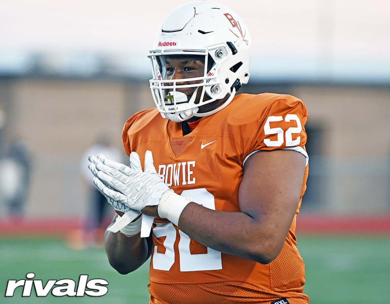Inside five-star OL Devon Campbell's top schools