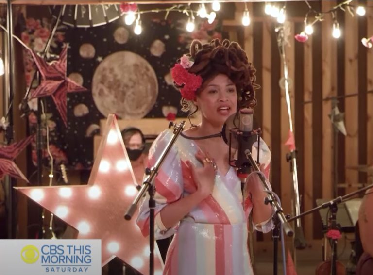 See Valerie June Deliver 'Moon and Stars' Songs on 'CBS This Morning'
