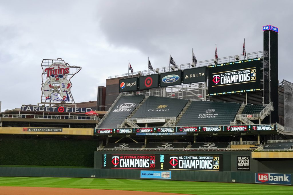 Twins postpone game against Red Sox after police shooting