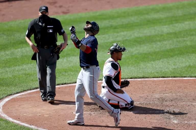 J.D. Martinez continues to dominate MLB with 3 homers vs. Orioles (Video)