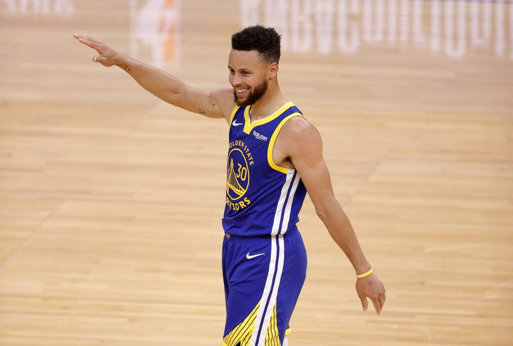 This stat proves Stephen Curry is in another stratosphere as a shooter