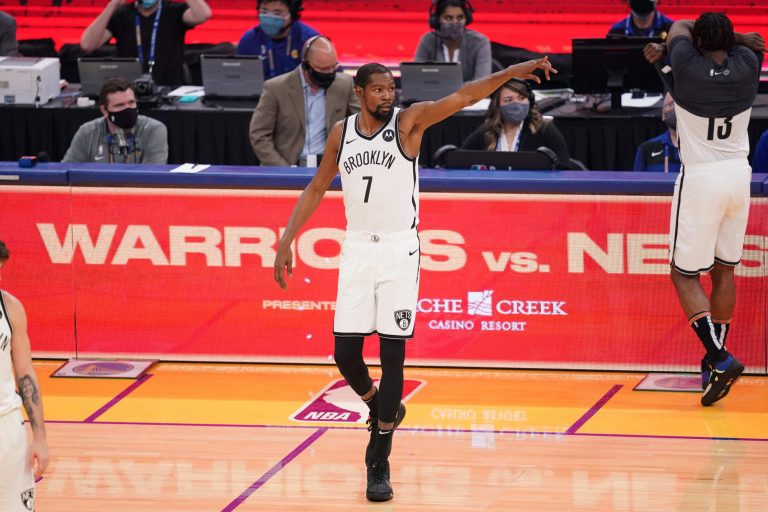 Kevin Durant responds to fact he has more tweets than career points