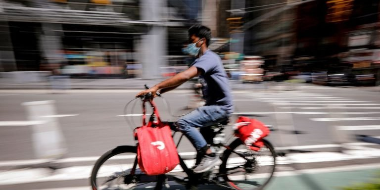 Some NYC Restaurants Tire of Forking Over Delivery-App Fees
