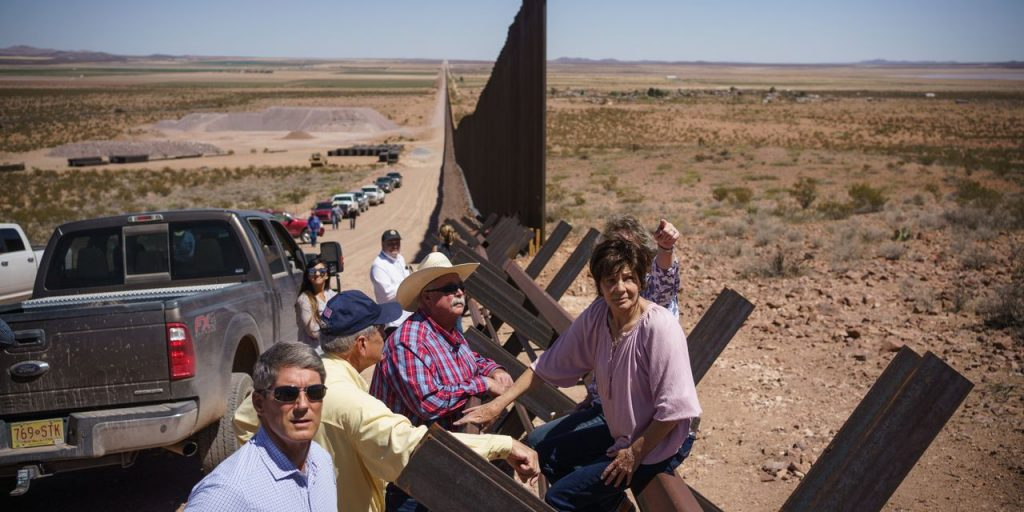 Border Lawmakers See Different Answers to Immigration Quandary