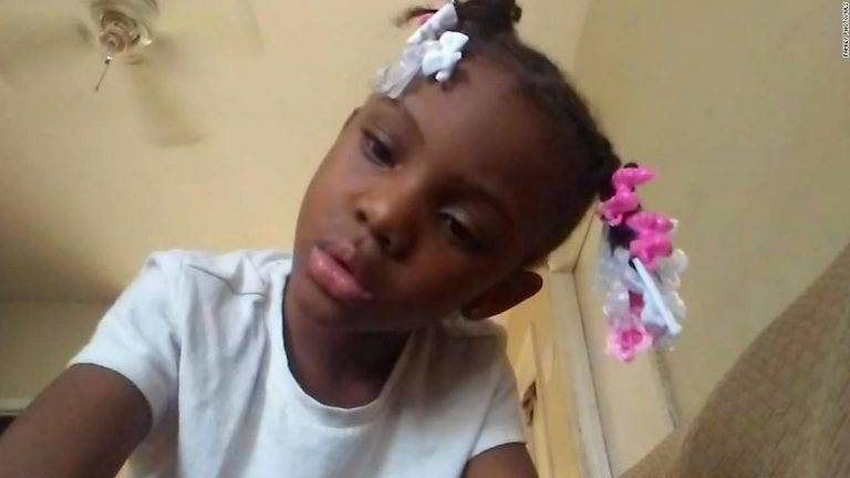18-year-old faces murder charge in connection with shooting death of 7-year-old Chicago girl