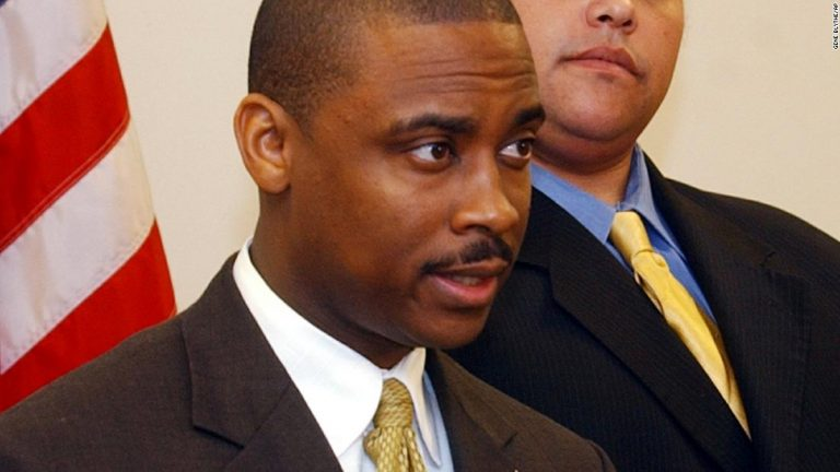 Victor Hill: Clayton County, Georgia sheriff has been indicted on federal civil rights charges