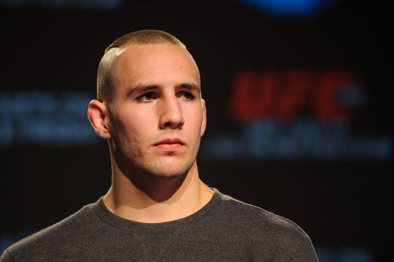 Twitter reacts to Rory MacDonald submitting Curtis Millender