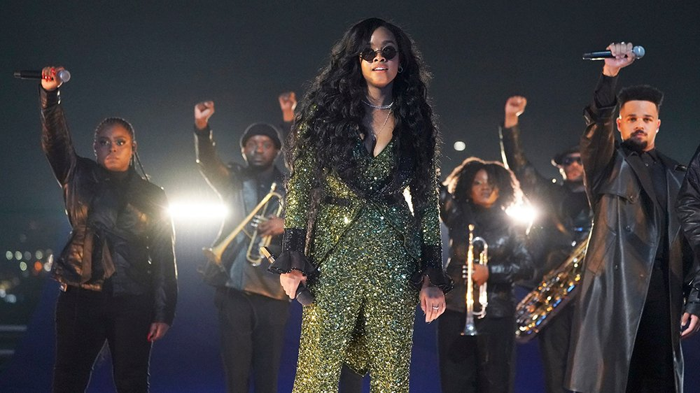 Watch H.E.R. Sing 'Fight for You' on the Oscars Pre-Show Telecast