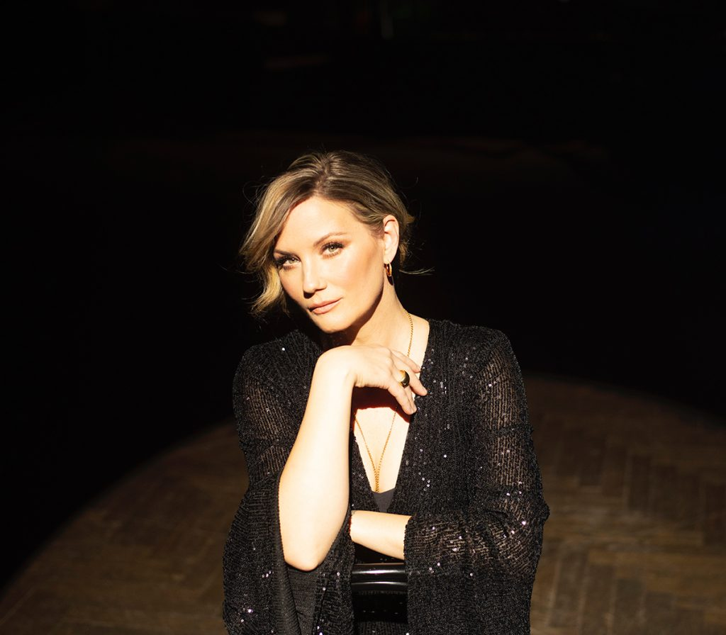 Jennifer Nettles Sings Broadway Songs on 'Always Like New' Album
