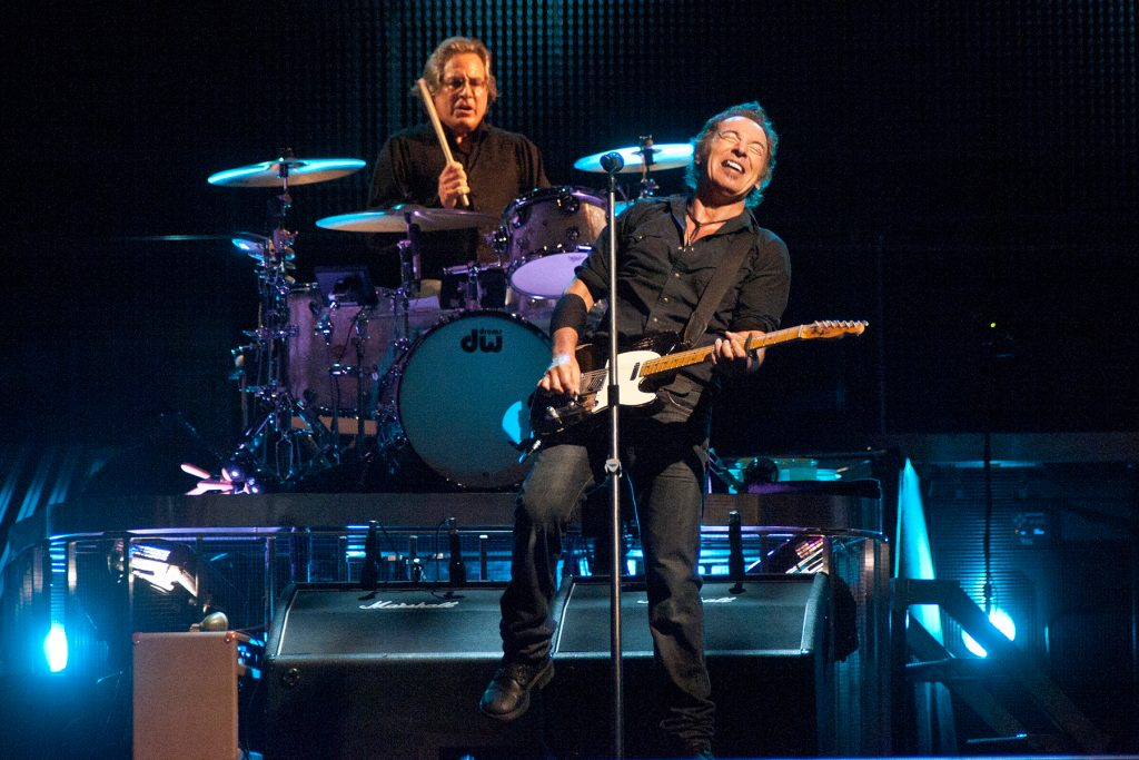 Max Weinberg Sings 'Boys' at 2008 E Street Band Show: Watch