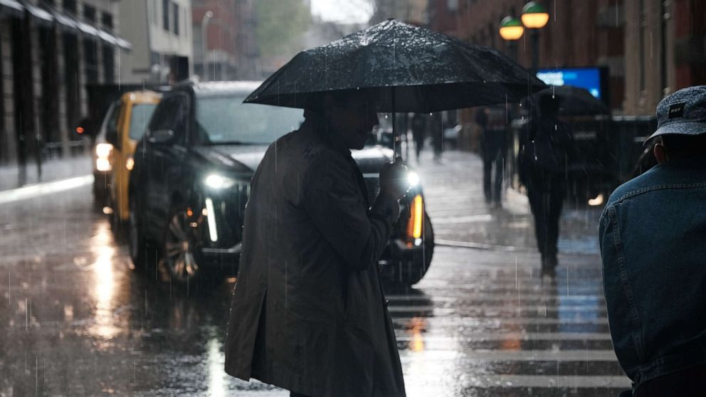 Severe storms to follow spring cold in South