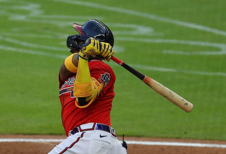 Ronald Acuña Jr. picks up where Braves left off with first-pitch dinger