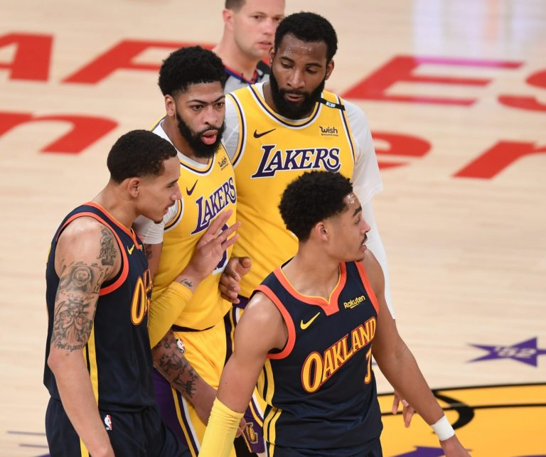 Lakers need to bench their bigs, Grizzlies need to play theirs