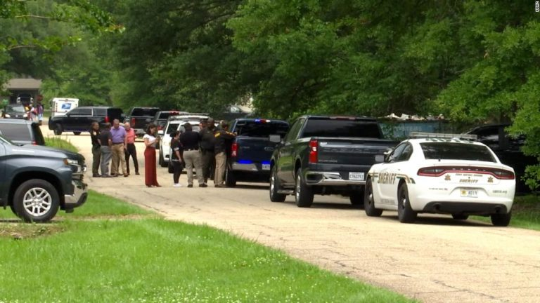 A murder suspect and his kidnapped baby son die after police shootout in Mississippi