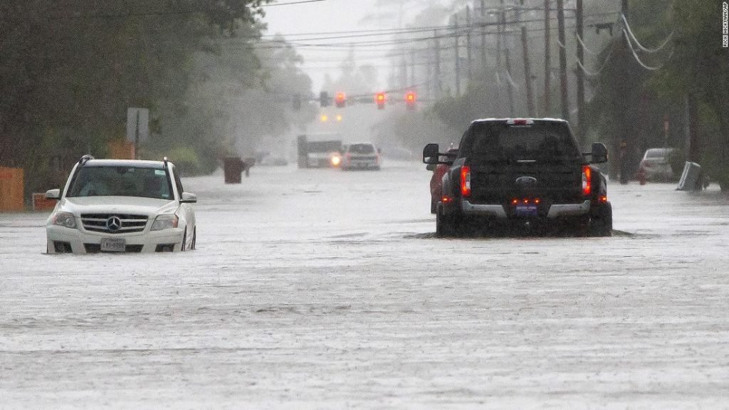 Flooding in Baton Rouge and Texas: Boats help with water rescues, with more rain on the way