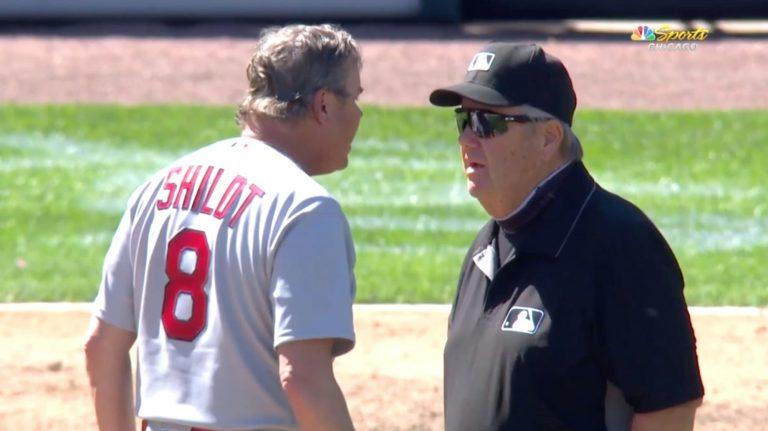 Joe West ejects Cardinals manager Mike Shildt over a hat
