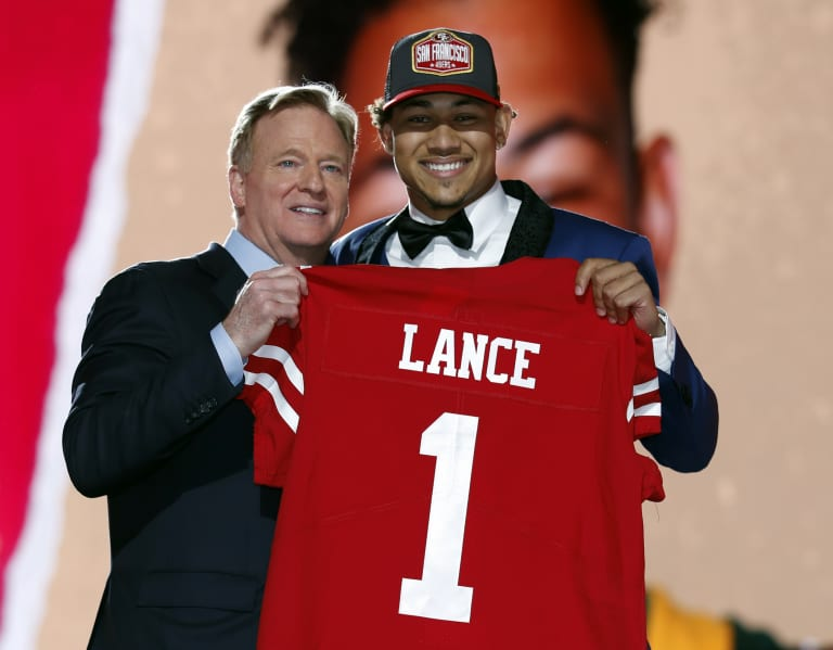 NFL Draft: Top 10 players picked who were two-stars or below